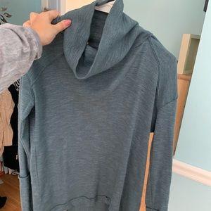Free People pullover size medium